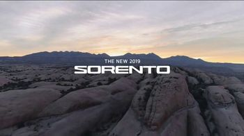 2019 Kia Sorento TV Spot, 'Conquer Your Mountain' - Thumbnail 7