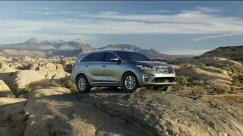 2019 Kia Sorento TV Spot, 'Conquer Your Mountain'