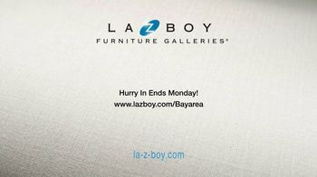 La-Z-Boy Memorial Day Held Over Sale TV Spot, 'Favorite Spot' - Thumbnail 9