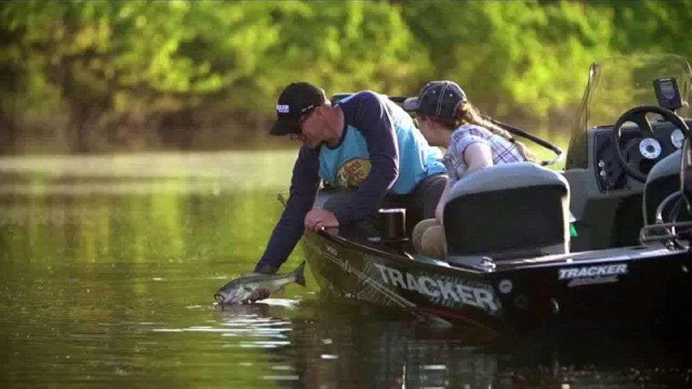 Bass Pro Shops Father's Day Sale TV Commercial, 'Target Trap and Shotgun' -  Video