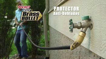 Pocket Hose Brass Bullet TV Spot, 'Fuerte' con Richard Karn [Spanish] - Thumbnail 5