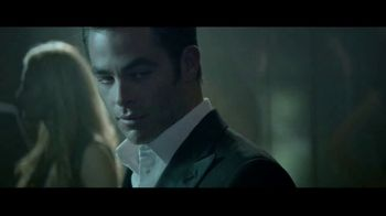 Giorgio Armani Code A-List TV Spot, 'The New Code' Featuring Chris Pine - Thumbnail 5
