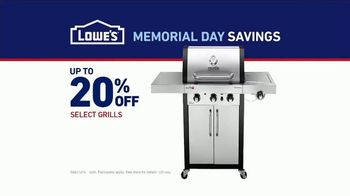 Lowe's Memorial Day Savings TV Spot, 'The Moment: Good Backyard: Grills' - Thumbnail 5