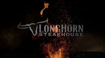 Longhorn Steakhouse Grill Master Favorites TV Spot, 'Do It All' - Thumbnail 10