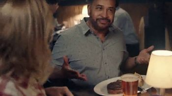 Longhorn Steakhouse Grill Master Favorites TV Spot, 'Do It All' - Thumbnail 5