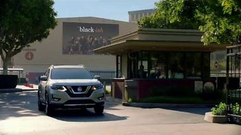 2018 Nissan Rogue TV Spot, 'Lando Style' Featuring Deon Cole, Jeff Meacham [T1] - Thumbnail 1