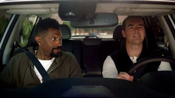 2018 Nissan Rogue TV Spot, 'Lando Style' Featuring Deon Cole, Jeff Meacham [T1] - Thumbnail 7
