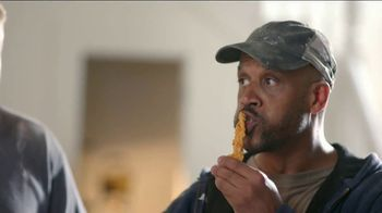 Popeyes Rip'n Chicken TV Spot, 'Home Construction' - Thumbnail 7