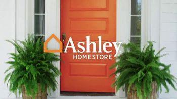 Ashley HomeStore Memorial Day Event TV Spot, 'Extended' - Thumbnail 1