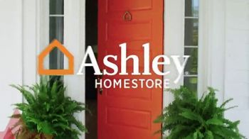 Ashley HomeStore Memorial Day Event TV Spot, 'Extended' - Thumbnail 2