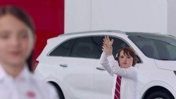 Kia America's Best Value Summer Event TV Spot, 'Balloons: Brother & Sister' [T1] - Thumbnail 3
