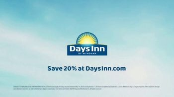 Days Inn TV Spot, 'Seize the Days With Friends: Save 20 Percent' - Thumbnail 7