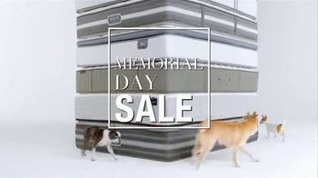 Macy's Memorial Day Sale TV Spot, 'Last Days of Superbuys' - Thumbnail 2