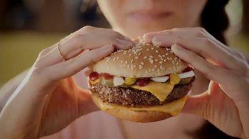 McDonald's Quarter Pounder TV Spot, 'Maria: Fresh Beef' Feat. Luis Fonsi - Thumbnail 5
