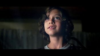 T-Mobile Unlimited Family Plan TV Spot, 'Perdido en el espacio' [Spanish]