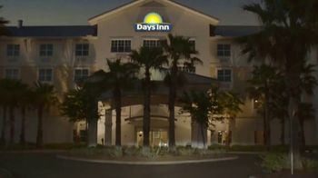Days Inn TV Spot, 'Seize the Days With Family: Save 20 Percent' - Thumbnail 7
