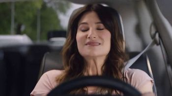 Chrysler Summer Clearance Event TV Spot, 'Shallow Thoughts' Featuring Kathryn Hahn [T2] - Thumbnail 2