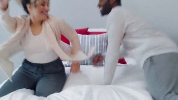 Mattress Firm Power Buy Sale TV Spot, 'Beautyrest Recharge Hybrid' - Thumbnail 3