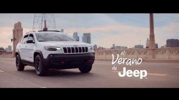 Jeep El Verano de Jeep TV Spot, 'Perfect Sync' canción de Sofia Reyes [Spanish] [T2]