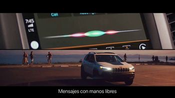 Jeep El Verano de Jeep TV Spot, 'Perfect Sync' canción de Sofia Reyes [Spanish] [T2] - Thumbnail 6
