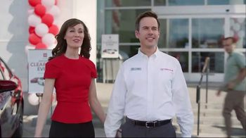 Toyota National Clearance Event TV Spot, 'Outtakes' - Thumbnail 2