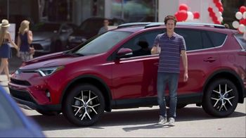 Toyota National Clearance Event TV Spot, 'Outtakes' - Thumbnail 5