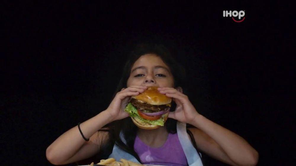 IHOP Ultimate Steakburger Combos TV Commercial, 'Burgerers Burgering Burgers'