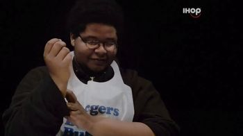 IHOP Ultimate Steakburger Combos TV Spot, 'Burgerers Burgering Burgers' - Thumbnail 2