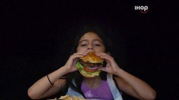 IHOP Ultimate Steakburger Combos TV Spot, 'Burgerers Burgering Burgers'