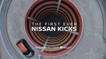 2018 Nissan Kicks TV Spot, 'Flex Your Tech' Song by Louis the Child, K.Flay [T1] - Thumbnail 8