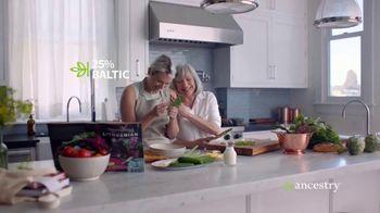 AncestryDNA Summer Sale TV Spot, 'A World of New Cultures' - Thumbnail 7
