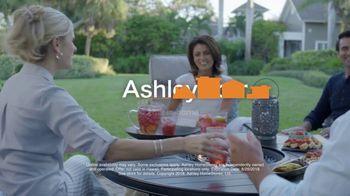 Ashley HomeStore Labor Day Sale TV Spot, 'Farmhouse' - Thumbnail 10