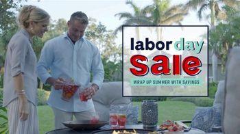 Ashley HomeStore Labor Day Sale TV Spot, 'Outdoor' - Thumbnail 3