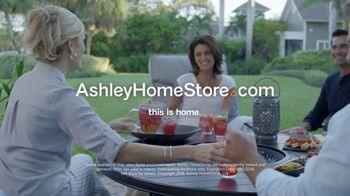 Ashley HomeStore Labor Day Sale TV Spot, 'Extended: Urbanology' - Thumbnail 10