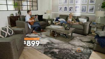 Ashley HomeStore Labor Day Sale TV Spot, 'Extended: Urbanology' - Thumbnail 6