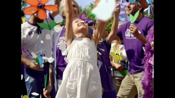 Alzheimer's Association TV Spot, '2018 Walk to End Alzheimer's' - Thumbnail 8