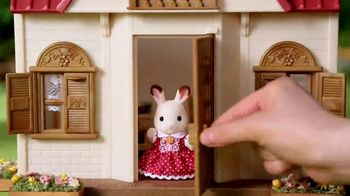 Calico Critters Red Roof Cozy Cottage Starter Home TV Spot, 'Disney Channel: Home' - Thumbnail 2