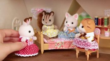 Calico Critters Red Roof Cozy Cottage Starter Home TV Spot, 'Disney Channel: Home' - Thumbnail 3