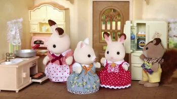 Calico Critters Red Roof Cozy Cottage Starter Home TV Spot, 'Disney Channel: Home' - Thumbnail 4