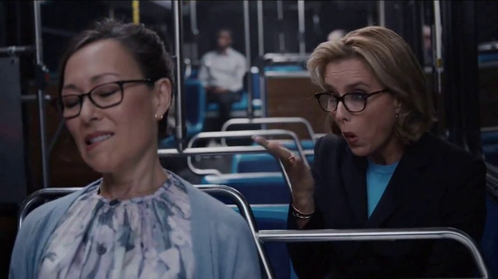 Anthem Medicare TV Commercial, 'Bus' Featuring Téa Leoni ...