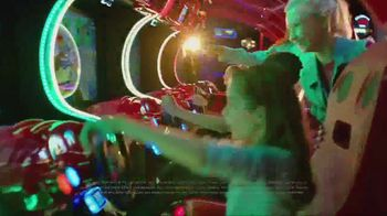 Dave and Buster's Super Power Card TV Spot, 'Play All Day' - Thumbnail 8