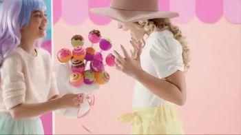 CakePop Cuties TV Spot, 'Pop, Squish, Play & Display' - Thumbnail 2