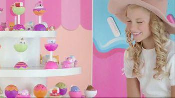 CakePop Cuties TV Spot, 'Pop, Squish, Play & Display' - Thumbnail 8