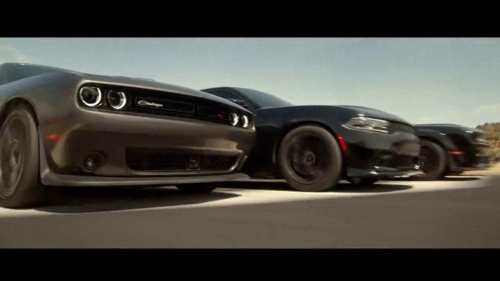 Dodge Evento de Liquidaci??n de Verano TV Commercial, 'Born This Way' [Spanish] [T2