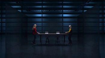 Microsoft Surface Go TV Spot, 'Hermanas' canción de Garbage [Spanish] - Thumbnail 1