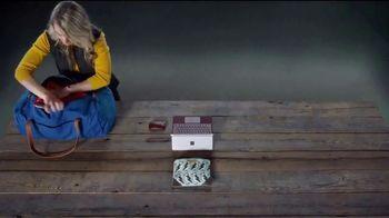 Microsoft Surface Go TV Spot, 'Hermanas' canción de Garbage [Spanish] - Thumbnail 4