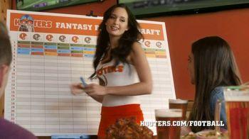 Hooters TV Spot, 'Fantasy Football Confessions' - Thumbnail 6