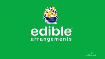 Edible Arrangements Dipped Fruit Cones TV Spot, 'Sweet-ible' - Thumbnail 1