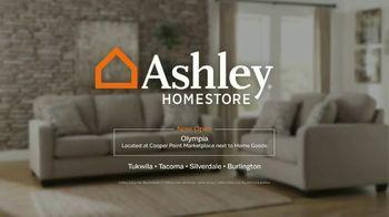 Ashley HomeStore Annual Tent Blowout TV Spot, 'Massive Savings' - Thumbnail 10