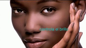 Maybelline Fit Me! Poreless Foundation TV Spot, 'Fit para todas' [Spanish] - Thumbnail 5